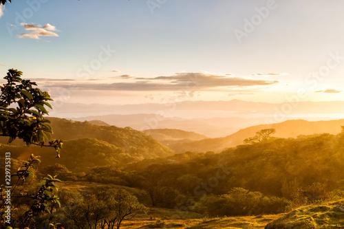 Foto  Foothills of Monteverde, Santa Elena in Costa Rica highlands