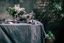 Tablecloth Setting With Artich...