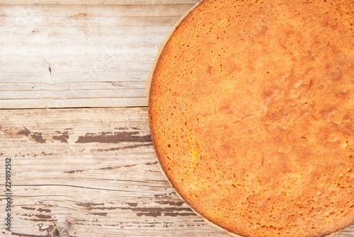 Tableau sur Toile Casic sponge cake Pan di Spagna selective focus