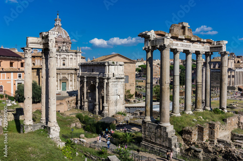 Papiers peints Con. Antique Roman Forum in Rome, Italy