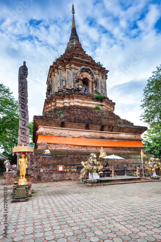 Tuinposter Bedehuis Tempel Wat Lok Molee; Thailand