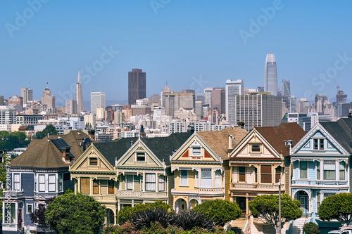 Deurstickers Amerikaanse Plekken Victorian style homes in San Francisco