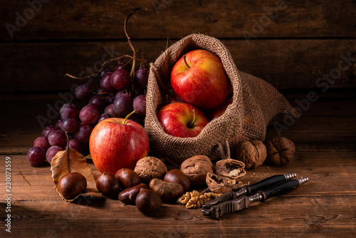 Fotografering  Seasonal fruit . Autumn colors and flavors