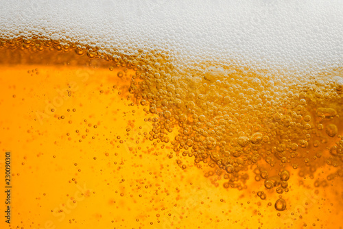 Papel de parede  Beer background with bubble froth texture foam pouring alcohol soda in glass hap