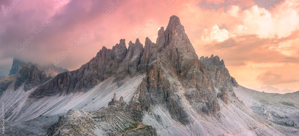 Fototapety, obrazy: Mountain ridge view of Tre Cime di Lavaredo, South Tirol, Dolomites Italien Alps