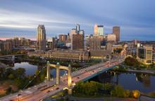 Minneapolis Skyline & Hennepin...