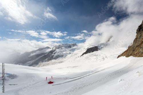 Fotobehang Gletsjers Glacier d'Aletsch dans les alpes
