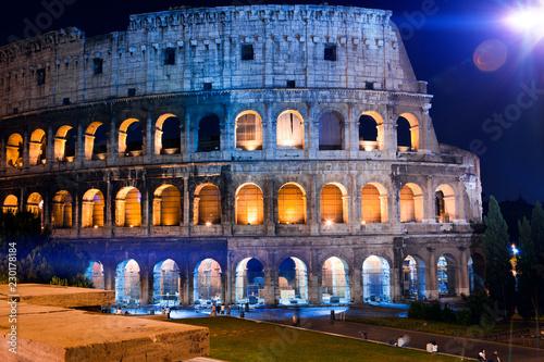 Photo  Italy. Rome. The night Collosseo