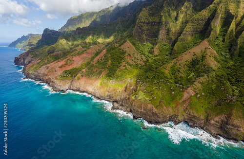 View of the monumental Na Pali Coast at Kaa Alahina Ridge and Manono Ridge, Kalalau trail visible if zoomed in Canvas Print