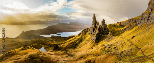 Fotografering  The Old Man of Storr, Schottland, Isle of Skye