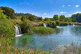 Vista Paisaje de las Cascadas de la Laguna La Lengua en el Parque Natural de las Lagunas de Ruidera, Albacete, Castilla La Mancha, España