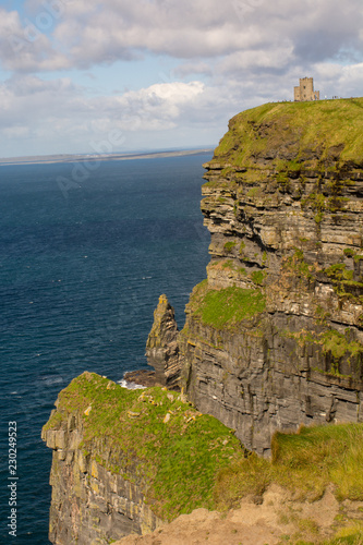 Fotografie, Obraz  Cliffs of Moher Castle tower view