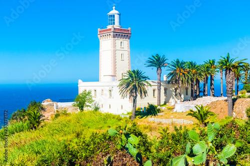 Piękna latarnia morska Cap Spartel blisko miasta Tanger i Gibraltaru, Maroko w Afryce