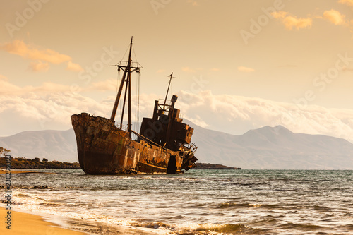 Foto op Aluminium Schipbreuk The famous shipwreck near Gythio Greece