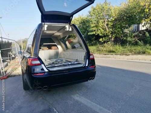 Vászonkép Open and empty hearse