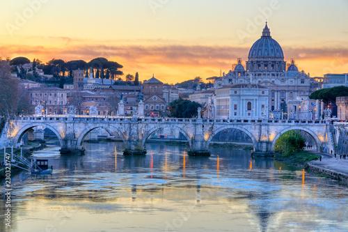 Photo  Ponte Umberto, Rovert Tiber View