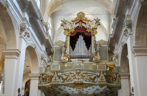 Canvas Print Pipe organ of the Franciscan Church and Monastery in Dubrovnik, Croatia with the resurrected Christ statue created by the sculptor Celia from Ancona in 1713