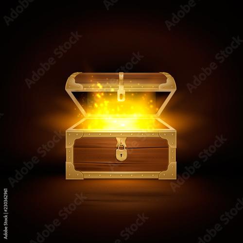 Fotografie, Obraz Wooden Chest Shine Composition