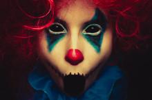 Creepy Clown Close Up Hallowee...