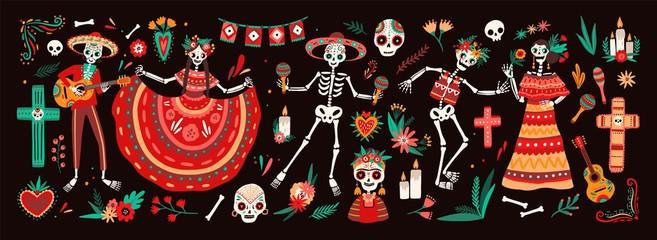 Kolekcija tradicionalnih simbola Dana mrtvih - kosturi odjeveni u narodne meksičke nošnje svirajući gitaru, marake ili plešući, kalavere ili lubanje, križ i svijeće. Praznična vektorska ilustracija.