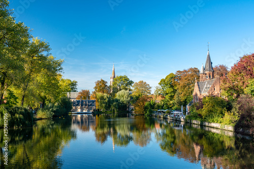 Fotografía  Minnewater Lake in Bruges