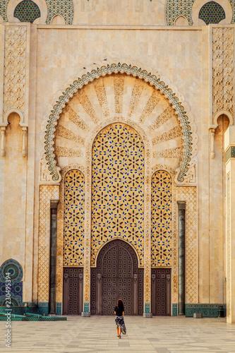 Fotografía Femme en voyage au Maroc touriste voyageuse mosquée