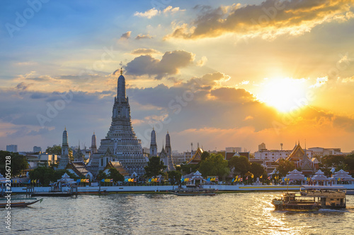 Poster Asia land Bangkok Thailand, sunset city skyline at Wat Arun temple and Chao Phraya River
