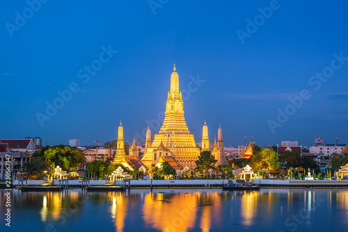 Poster Asia land Bangkok Thailand, night city skyline at Wat Arun temple and Chao Phraya River