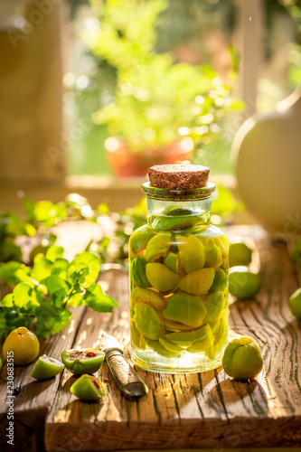Fresh quince tincture made of fruits and alcohol