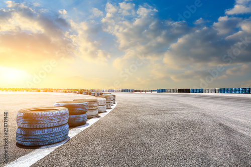 Ingelijste posters F1 Car track and sky beautiful cloud scenery at sunset