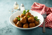 Meatballs With Tomato Sauce And Parsley