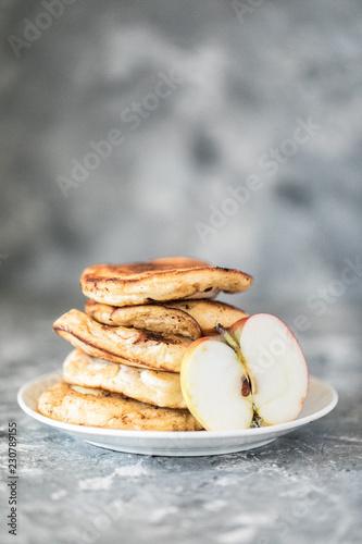 Fototapeta Placuszki z jabłkami obraz