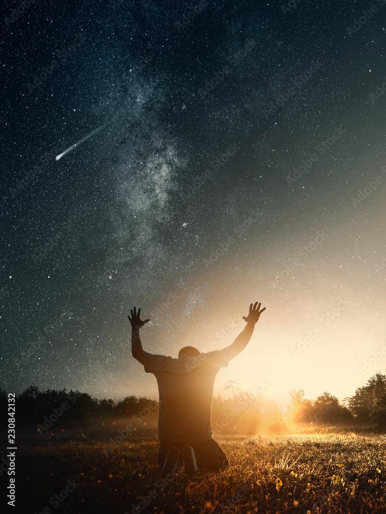 Fototapety, obrazy: Grateful man praying to God in the morning
