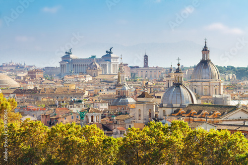 Montage in der Fensternische Rom view of skyline of Rome city at day, Italy