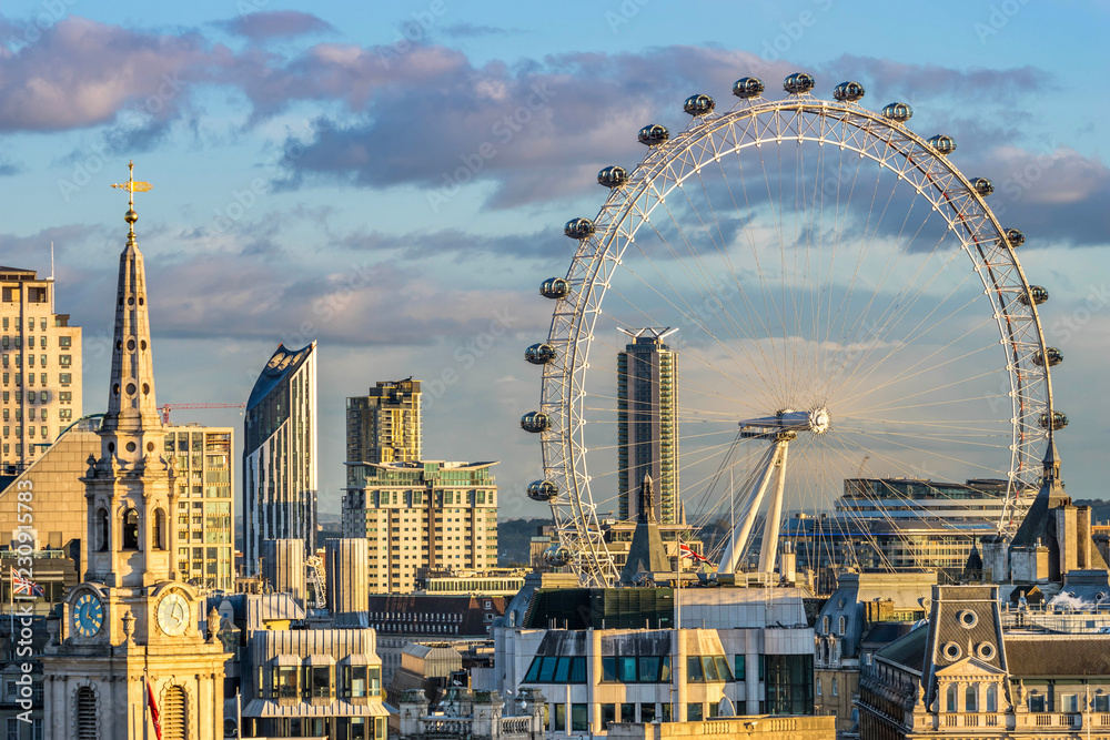 Fototapety, obrazy: London skyline with London eye at sunset