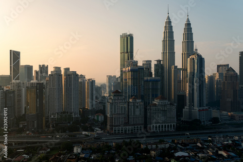 Poster Stad gebouw Kuala Lumpur city skyline and skyscrapers building at business district downtown in Kuala Lumpur, Malaysia. Asia..