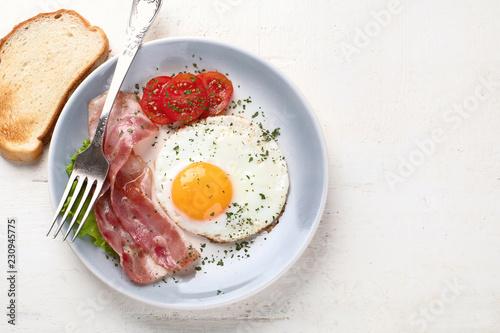 Deurstickers Gebakken Eieren Breakfast with fried egg