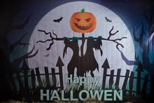 Happy Hallowen Backgrounds . Halloween Pumpkin . Halloween Pumpkin Grinning In The Most Evil Fashion .