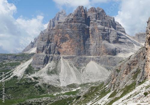 Fotografie, Obraz  Włochy, Dolomity - wiok na szlaku w masywie Monte Paterno
