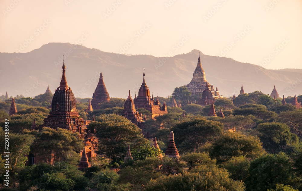 Fototapety, obrazy: Landscape view of ancient temples at colorful golden sunset, Bagan, Myanmar