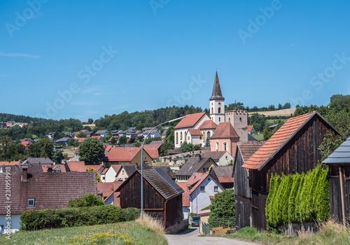 Keuken foto achterwand Europese Plekken Kirche mit Sachsenturm in Trausnitz
