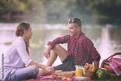 canvas print motiv - .shock : Couple in love enjoying picnic time