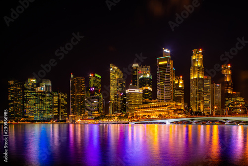 Photo  View at Singapore City Skyline