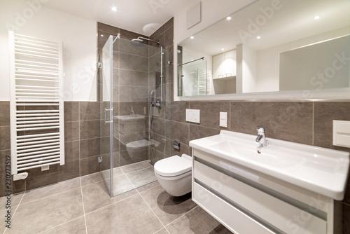 Canvas-taulu Badezimmer mit Dusche