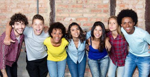 Fotografija  Grosse Gruppe junger Leute