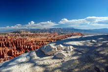 Bryce Canyon On An Sunny Autum...
