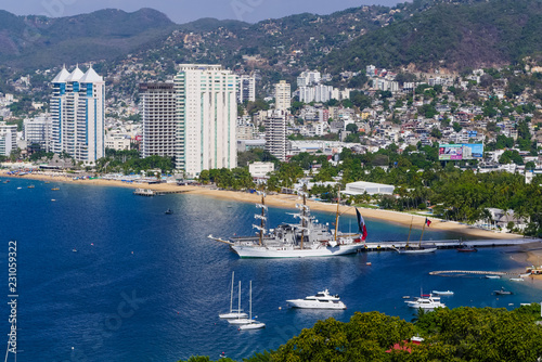 Slika na platnu Acapulco Mexico Pacific Ocean View of the Port and La Costera