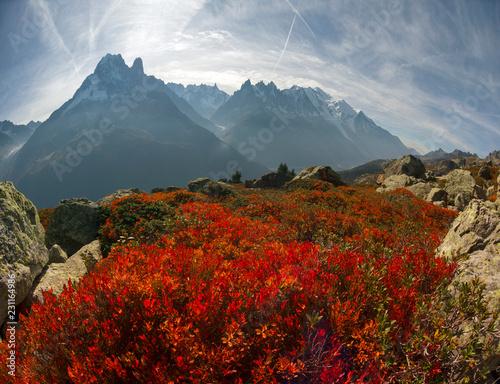 czerwona-jesien-chamonix-w-alpach