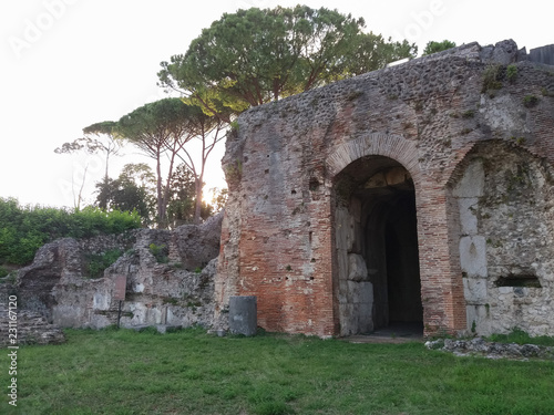 Deurstickers Rudnes Roman ruins in Monte Cassino