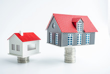 Buying A House / Real Estate C...